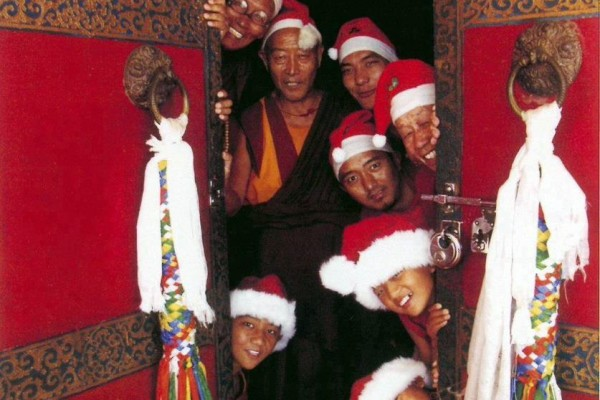 monks-in-xmas-hats1